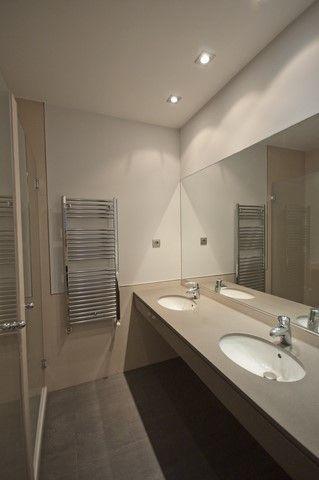 Piso Exterior De 120 M2, Tres Dormitorios, Dos Baños, Salón, Cocina Amplia