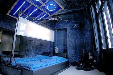 45 best world 39 s best rooftop bars images on pinterest. Black Bedroom Furniture Sets. Home Design Ideas