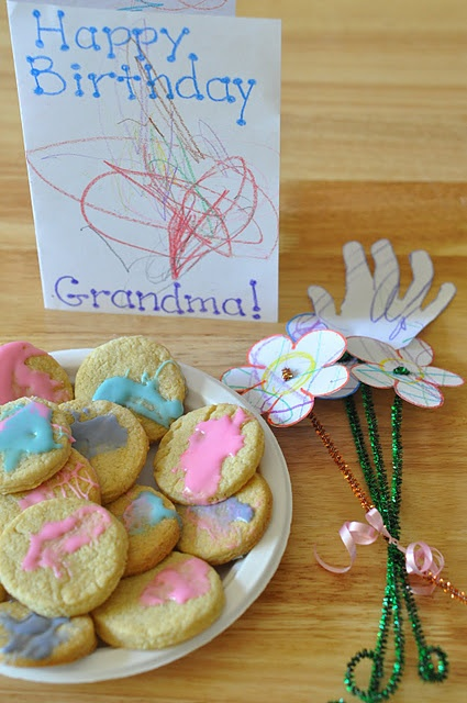 A homemade toddler gift perfect for grandparents gift for Homemade gifts from toddlers to grandparents