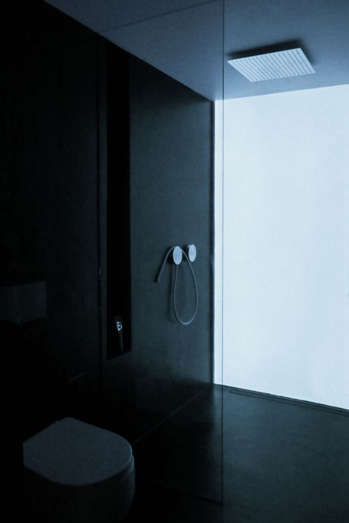 PIN 1 - Who doesn't like a back lit translucent feature wall? Adds beautiful mood lighting and in this case makes a shower experience calming and peaceful. A great way to unwind thanks to this wall.