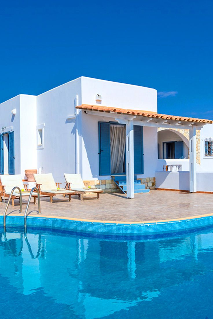 Villa Sunlit in Tersanas, Chania. To enjoy family villas and more, visit our site TheHotel.gr. #crete #travel #voyage #TheHotelgr