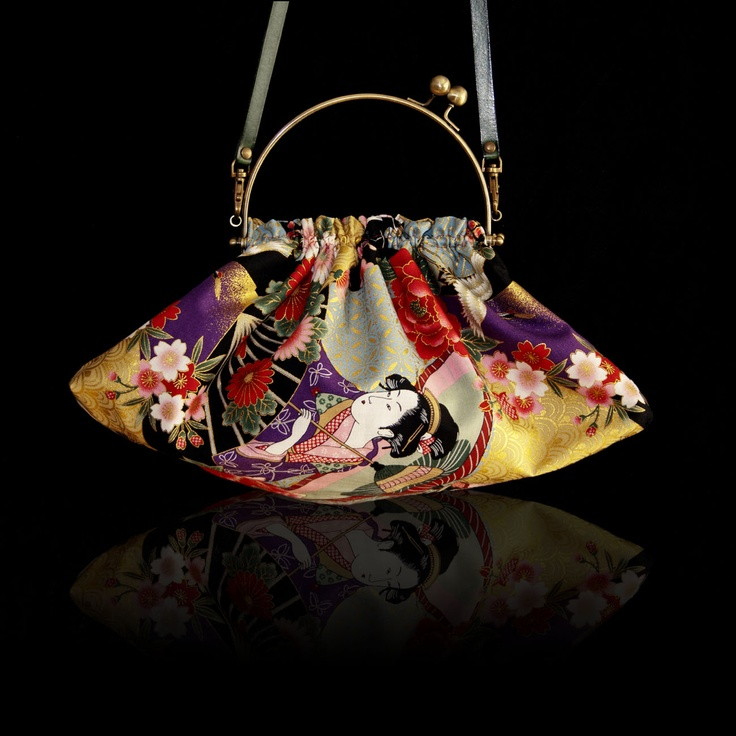 Modelo TWENTIES de IRUI.  Telas japonesas y 100% handmade.