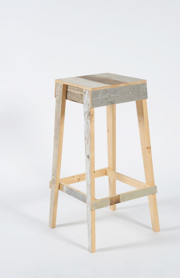 Scrap Wood Bar Stool / Año: 2004 / Vendidas: 208 Desde 2007