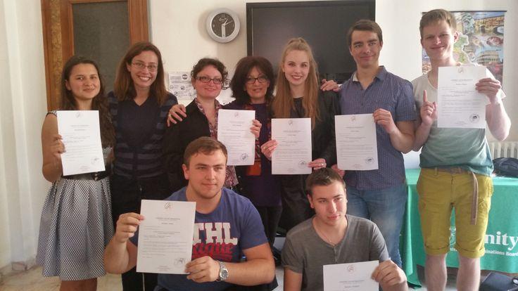 Foto di gruppo HSE Moscow cerimonia di consegna certificati e saluti.