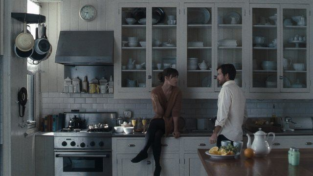Still of Jason Bateman and Olivia Wilde in The Longest Week (2014)