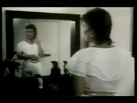 Frida (ABBA) - I Know There's Something Going On - (OFFICIAL VIDEO)