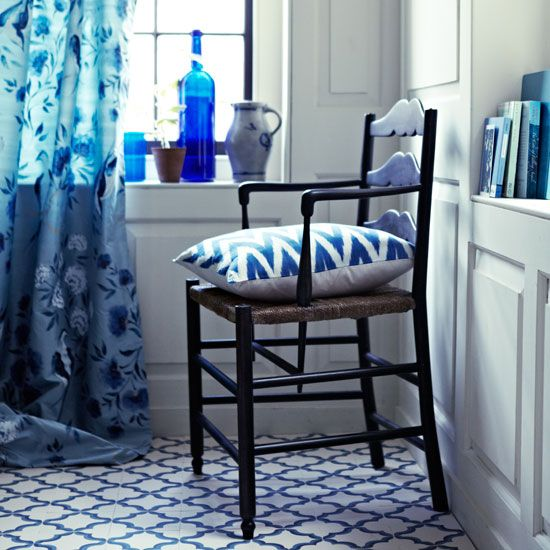 Bathroom With Blue Tile Floor: 15 Must-see Blue White Bathrooms Pins
