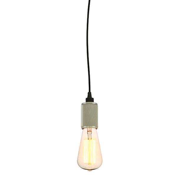 Acabado níquel cepillado. Socket texturizado. Cable ajustable a 1.22 m. Foco amber vintage E26 incluido.