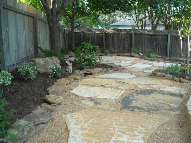 Backyard landscape a decent size de posed granite