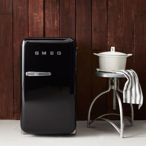 Mini SMEG refrigerator  omg so cute!
