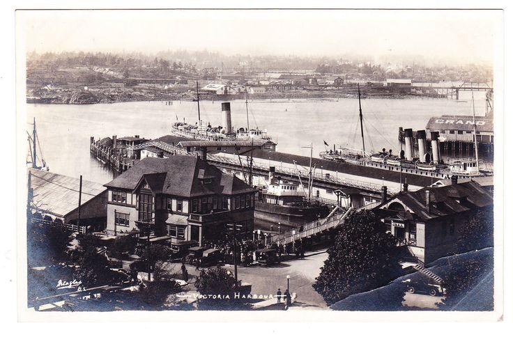 BC – VICTORIA, Inner Harbour, C.P.R. Terminal, S.S. Tees c.1924-1949 RPPC
