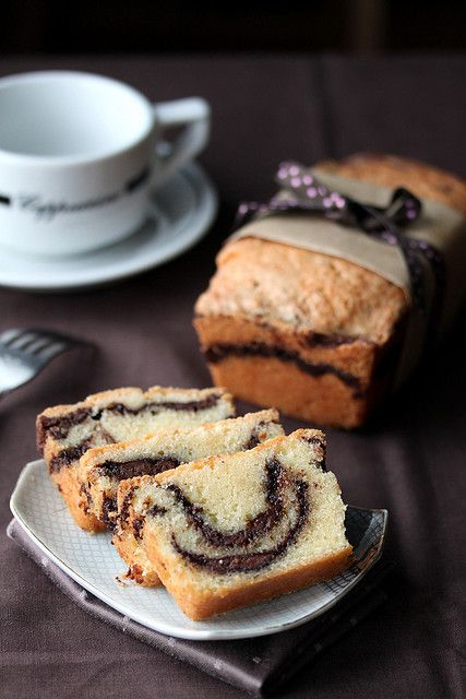 Nutella Pound Cake ( and make one with Biscoff Speculoos Spread?)