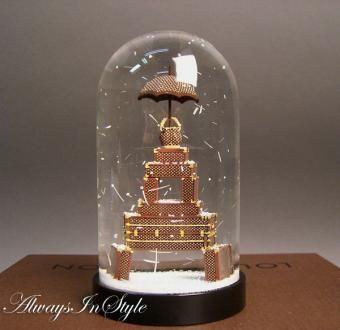 LOUIS VUITTON  Snow Globe Paris Limited Edition