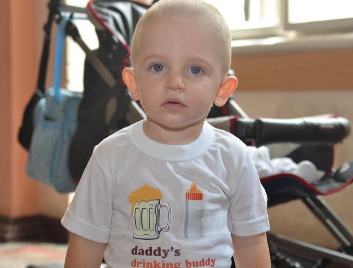 Stefan si tricoul personalizat Daddy's Drinking Buddy