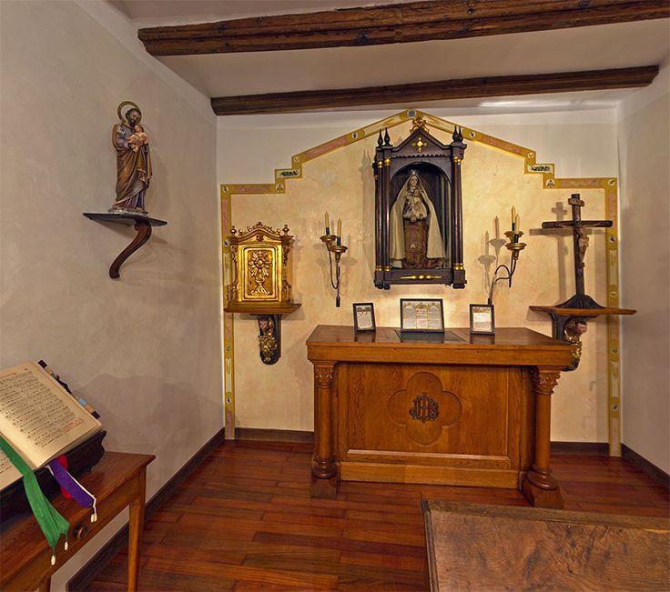 10 best images about oratorio on pinterest madeira home - Decoracion apartamentos pequenos ...