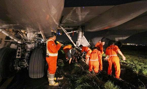 Saudia plane Swerved off runway in Manila Airport « Bloggitive