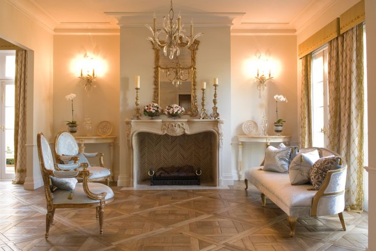Petit Versailles parquetry panels - Hand-scraped / fumed and oiled