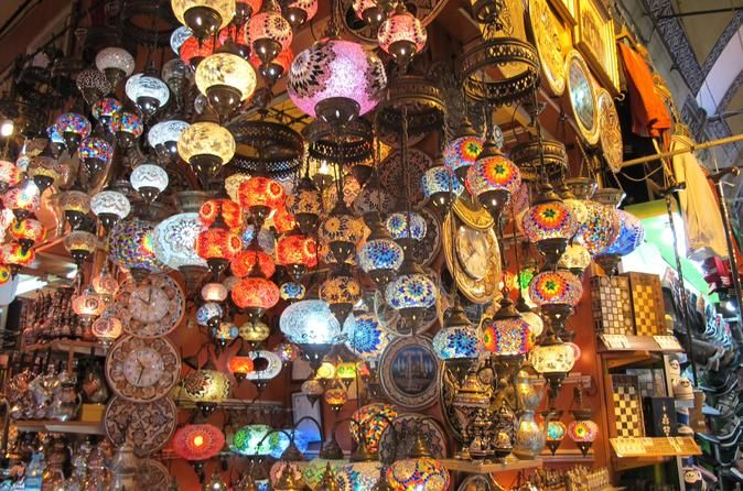 Istanbul Sightseeing Tour Including Grand Bazaar, Suleymaniye Mosque and Sultanahmet Istanbul is a beautiful city, but it pays to know where to look. Join this Istanbul tour to be shown the unmistakable icons as well as the hard-to-find secret spots that make Istanbul so captivating.Get the most out of Istanbul in the company of an expert local guide. As we tour Istanbul, your guide will point out places to get the best local snacks and coffee, as well as show you the main poi...