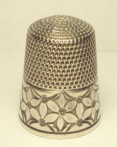Unique 1920s Sterling Silver Simons Thimble with Abstract Flower Band ...