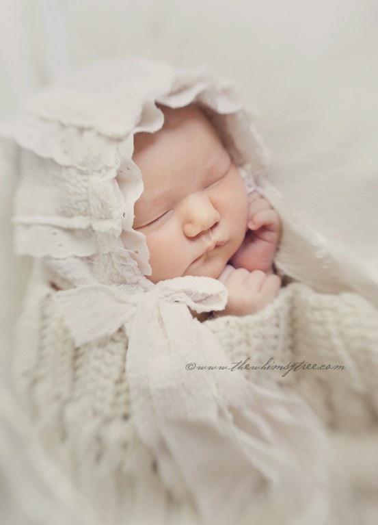 ©the whimsy tree #newborn #bonnet #handmade #lensbaby  #seeinanewway