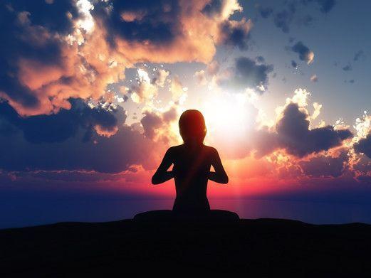 """İki Adımda iç Huzur  Merhabalar, Sevgili Canlar, iç huzur çok yakınımızda… Her yaşadığımız olayın bir """"ses"""" ve """"düşüncelerimiz"""" olduğunu biliyor muydunuz? Kendimizi dinleyip iç huzur'umuza iç sesimize kulak verdiğimizde bu sesi duyabiliriz. (Ancak bazen susturamadığımız, bazense m... Devamı için Görsele Tıklayın."""