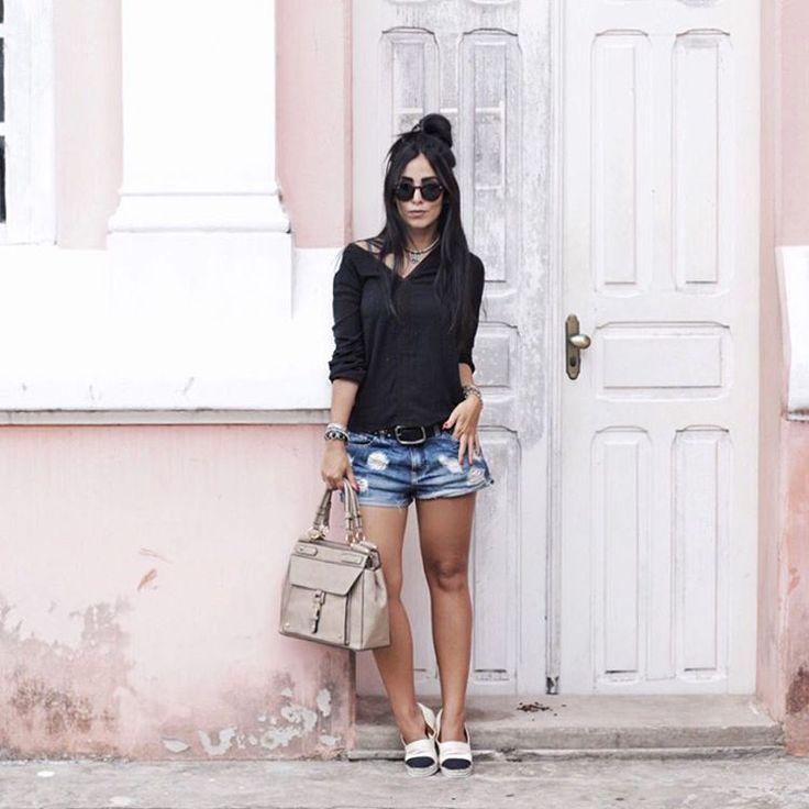 """JADE SEBA no Instagram: """"Basics. #comfystyle✖️ Meu look completo @cea_brasil de hoje pra passear um pouco por Belém!! #chatiada que hoje é feriado e não deu pra conhecer todos os lugares que programamos. #amanhaquemsabe #PoderosasDoBrasil"""""""