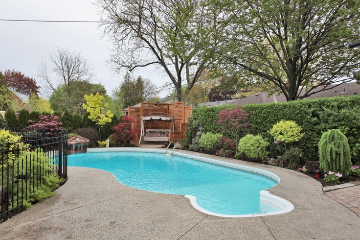 Nice landscaping around the pool backyard pinterest for Garden swimming pool b q