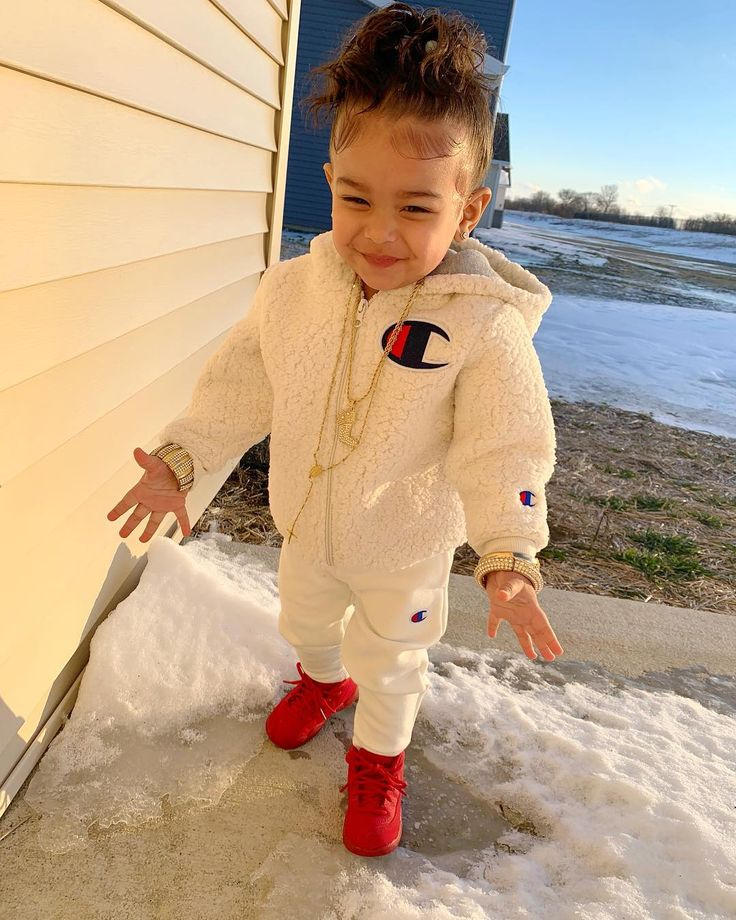Suivez @TheRealQueen   – Cute baby's