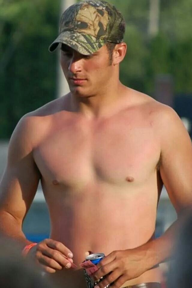 Pin by Matt Wink on farm and country studs   Country men ...