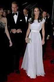Familia Regala Britanica va mai avea si alti mostenitori. Ducesa de Cambridge este insarcinata si este posibil sa aduca pe lume doua fetite gemene. Ducesa de Cambridge si Printul William au ales de...