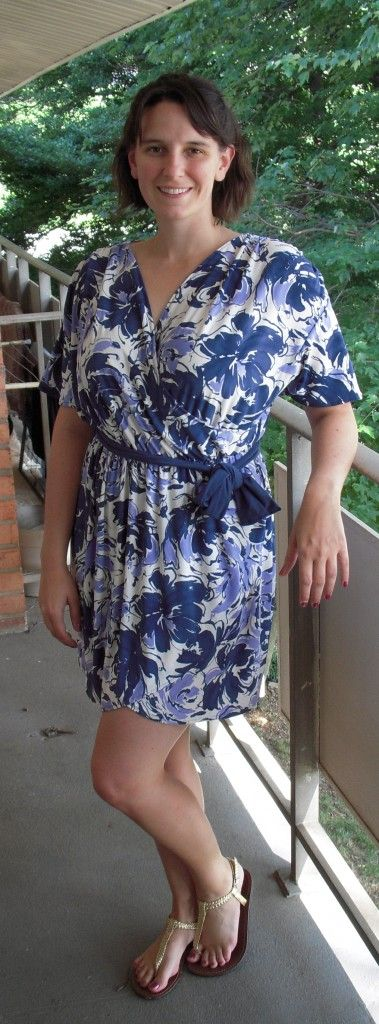 Faux wrap dress (links to this specific tutorial but after looking at her tutorials I am in love with her site! She makes fashionable clothing and is probably considered plus sized {normal--wink})