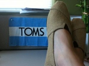YES!!! A way to wash your TOMS in the washer and dryer! So much easier than hand-washing, but you just have to be careful! Click on the picture for the link...