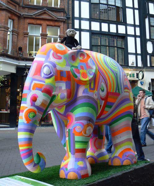 Mooch monkey at the London Elephant Parade - 118Candy.