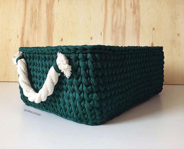 Cesto retangular tamanho M em fio de malha verde esmeralda! Apaixonante 🌱🤗
