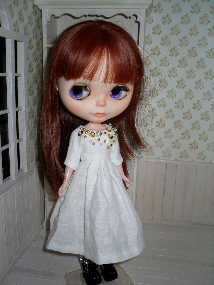 Natural white dress for Blythe with gold sequins by LittleGiftCove