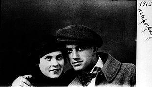 Vladimir Vladimirovič Majakovskij con Lilja Brik