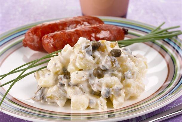 Kurkku-perunasalaatti  http://www.valio.fi/reseptit/kurkku-perunasalaatti/