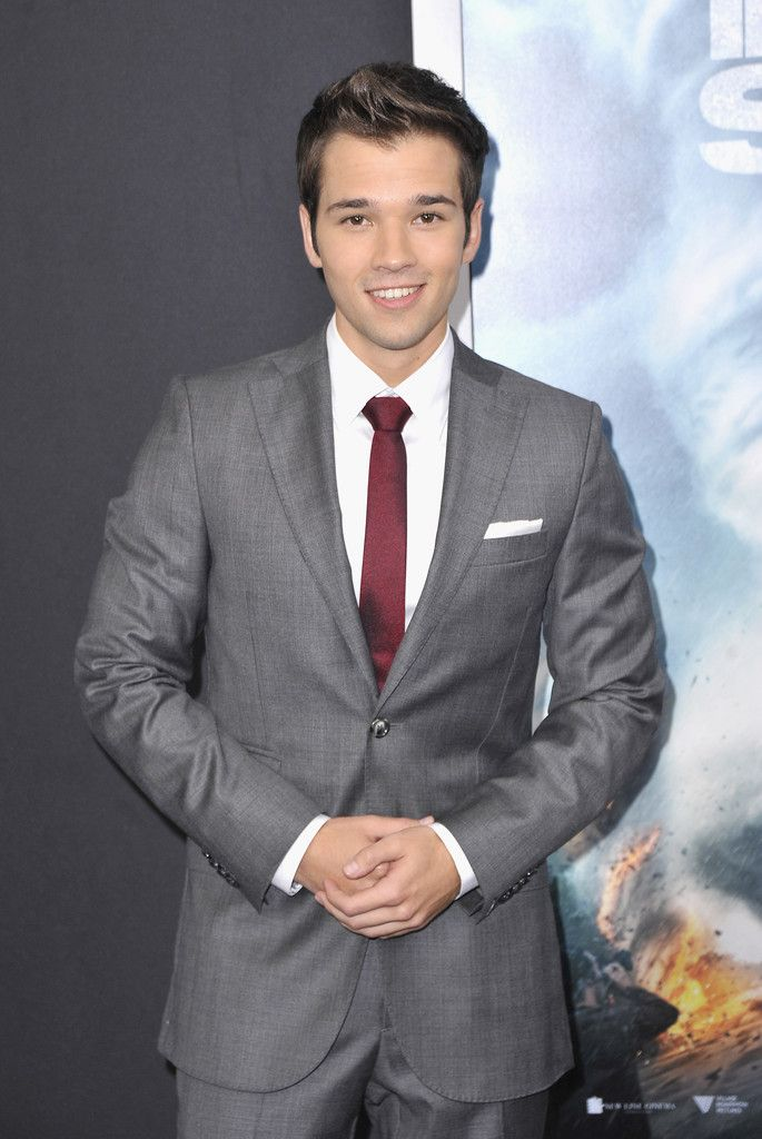 Nathan Kress Has a Gray & Burgundy Suiting Moment in J.Lindeberg image Nathan Kress 002