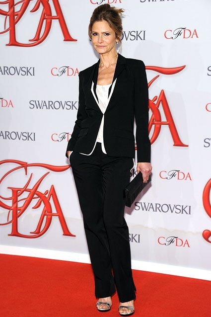 Kyra Sedgwick    If anyone can pull off a red carpet suit, it's Kyra.