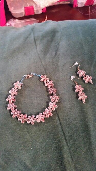 Choker stretch necklace & matching earrings