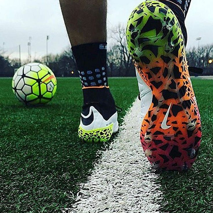 Awesome picture of radiant reveal hypervenoms from @soccerinsiderfc Follow…