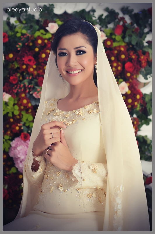 loving this selendang look. considering it for my nikah. #PerfectMuslimWedding