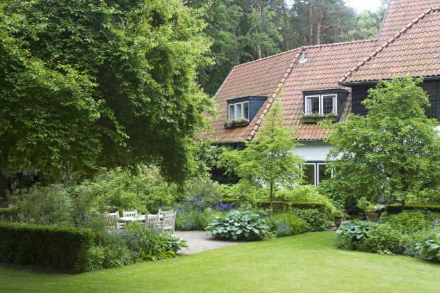 garden by Studio TOOP  Carrie Preston