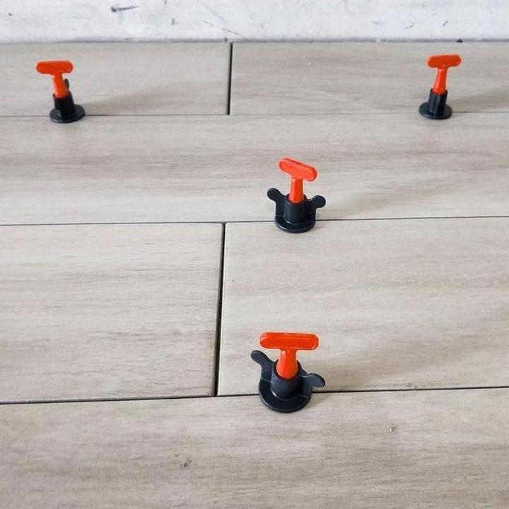 Tilepro Reusable Anti Lippage Tile Leveling System Tile Leveling System Tiles How To Lay Tile