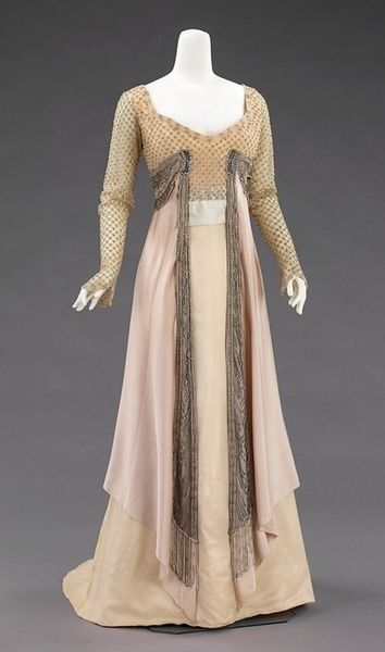 1910 House of Worth dress.