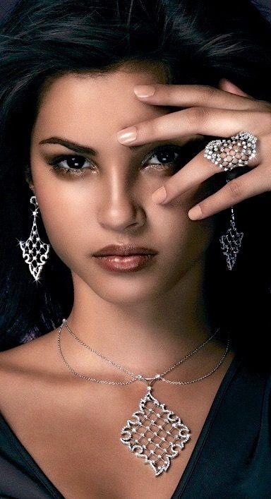 Rosendorff Indulgence Collection Brilliant Diamond Pendant with Matching…