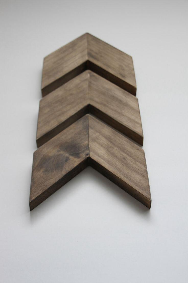 Wood Chevron Arrow-Set of 3. Wood Arrow Wall Art. Modern Wood Chevron Arrows. Chevron Home Decor. Wood Chevron Arrows. Wood Arrows, Chevron by treehousedesignz on Etsy https://www.etsy.com/listing/235814760/wood-chevron-arrow-set-of-3-wood-arrow