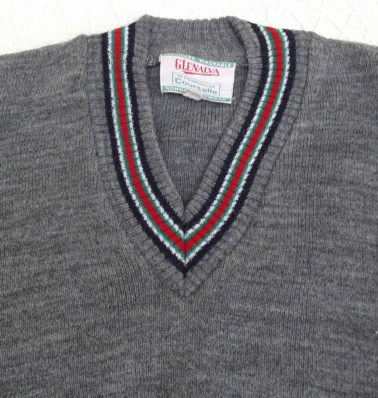 Vintage school uniform 1960s UNUSED V,neck sweater GREY boys girls 32  Courtelle