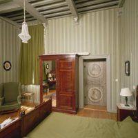 De context van de beschilderde deur. Foto (c) RCE, Inventarisatie Decoratieve Interieurschilderingen door RDMZ en RKD in Nederlandse woonhuizen (1600-1940)