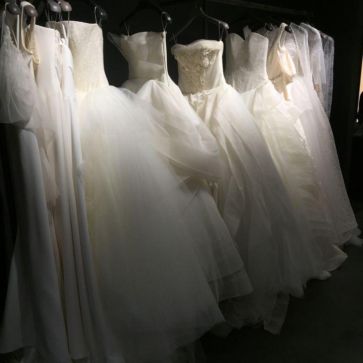 ♡♡♡verawang銀座店♡♡♡ 初めてのお伺い〜 予約しているドレスは11月末に届く予定👗 ドキドキワクワクとはまさにこのこと💕楽しみ!!! 他のドレスも見せていただきました。 どれも繊細、チュールに透明な糸を使って刺繍がつけられていたり柄もチューリップやバラが使われていてかわいいモノばかり +:✿。.゚+:✿。.゚+:✿。.゚+:✿。.゚+:✿。.゚+:✿。.゚+:✿。.゚+:✿。.゚ #imperialwedding#verawangdress#verawang#verawangliesel#結婚式準備#ウエディングドレス#大人かわいい#かわいいもの大好き#結婚式ドレス